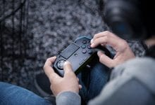 Photo of الإعلان رسمياً عن أداة التحكم Razer Raion لمُحبي ألعاب القتال