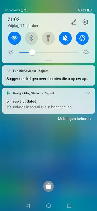 الهاتف الذكي Huawei Mate 20 Pro يبدأ بتلقي تحديث Android 10