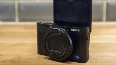 صورة احصل على كاميرا مدمجة من سوني RX100 Mark IV مقابل 439 جنيه إسترليني