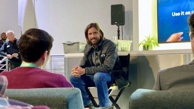 Photo of الرئيس التنفيذي لشركة GoPro يضع المعالم على مستخدمي الهواتف الذكية للتوسع