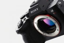 صورة تجعل كاميرا A7R IV من سوني بدون مرآة من مستشعر الإطار الكامل مقاس 61 ميجابكسل حقيقة واقعة