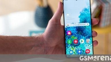 صورة ينتقل التحديث الأول إلى Galaxy S20 Ultra بجودة الكاميرا المحسّنة ، تصحيح الأمان لشهر مارس