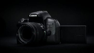 صورة يهدف Canon EOS 850D إلى إثبات لماذا لا يزال DSLR على قيد الحياة والركل