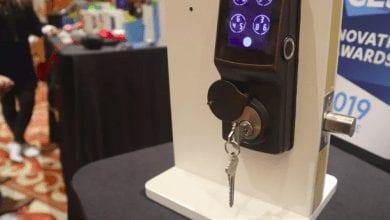 صورة القفل الذكي Secure Pro يمنحك خمس طرق لإلغاء قفل بابك #CES2019.