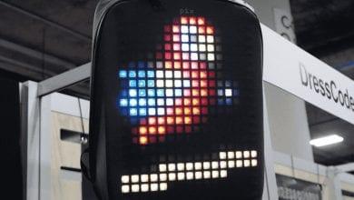 صورة حقيبة الظهر Pix هي شاشة يمكن ارتداؤها #CES2019
