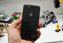 صورة قد يحتوي الإصدار المحتمل 5.4 بوصة من هاتف iPhone 12 على شاشة OLED