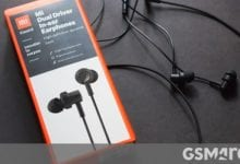 صورة مراجعة سماعات Mi Dual Driver داخل الأذن