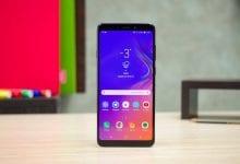 صورة هاتف Galaxy A90 يأتي قريباً بثلاثة إختيارات في الألوان المتدرجة
