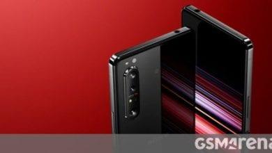صورة يحتوي Sony Xperia 1 II على مستشعري Sony وجهازي Samsung ، وتخزين UFS 3.0