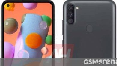 صورة يظهر Samsung Galaxy A11 في شاشة ذات ثقب مثقب وكاميرات خلفية ثلاثية