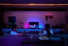 صورة Philips تجلب ميزة التحكم الصوتي لإضاءة Hue light وTV sync box قريباً   #CES2020