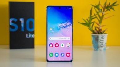 صورة الهاتف Galaxy S10 Lite يبدأ بتلقي تحديث Samsung One UI 2.1