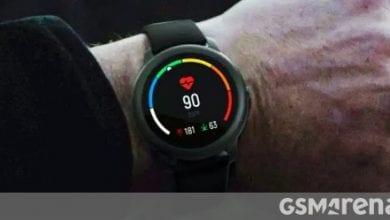 صورة ساعة Xiaomi Heylou Solar الذكية ليست تعمل بالطاقة الشمسية ، ولكنها تقدم الكثير من الضجة مقابل أموالك