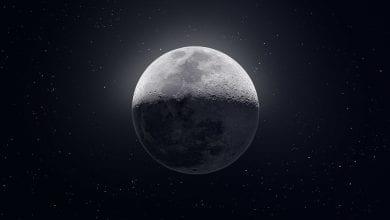 صورة صور مذهلة لقمرنا بجميع الأشكال والأحجام