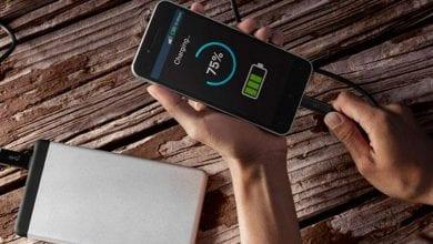 صورة يجلب Qualcomm QuickCharge 3+ رسوم شحن بنسبة 50 بالمائة في 15 دقيقة للهواتف اليومية