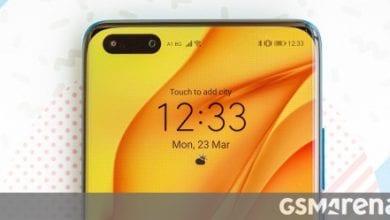 صورة يستخدم Huawei P40 Pro + Samsung OLED ، ويحتوي P40 Pro على مزيج من الموردين