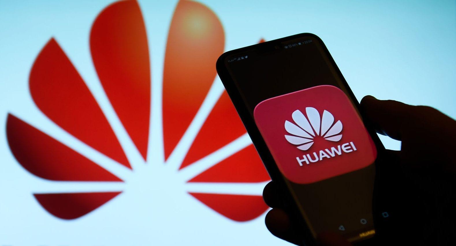 Huawei- foldable 5G smartphone