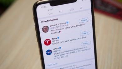 صورة تويتر تعيد ميزة معرفة مصدر التغريدة مرة أخرى لتطبيقها على iOS