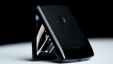 صورة تسريبات تستعرض مواصفات هاتف Razr 2 القابل للطي من موتورولا