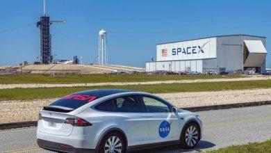 صورة ستبدأ مهمة SpaceX التاريخية في نموذج X تسلا