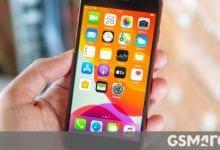 صورة مراجعة فيديو Apple iPhone SE (2020) جاهزة