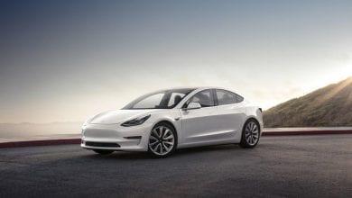 صورة 2020 Tesla Model S vs. 2020 Tesla Model 3: أيهما يأتي على القمة؟