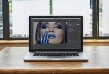 صورة أفضل أجهزة الكمبيوتر المحمولة للمصورين في عام 2020: تحرير الصور في Photoshop