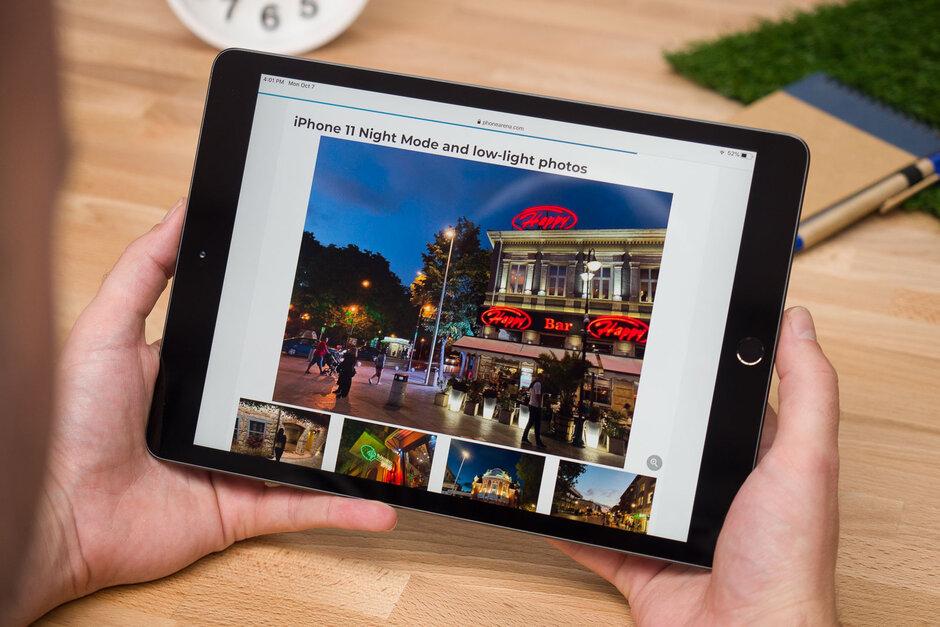 مراجعة iPad 10.2: رخيصة ومنتجة وليست التي يجب عليك شراؤها