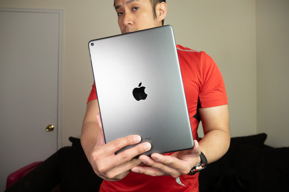 Apple-iPad-Air - 2019-Review015.jpg
