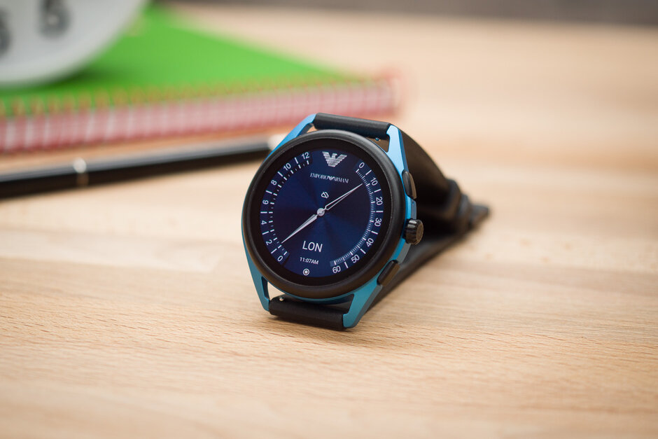إمبوريو أرماني Smartwatch-3-Review004.jpg