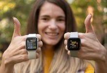 صورة Apple Watch Series 5 vs Fitbit Versa 2
