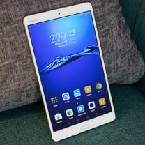 صورة مراجعة Huawei MediaPad M3