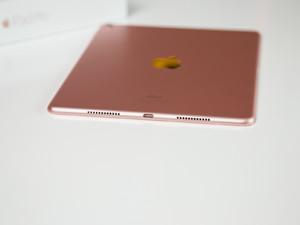 مراجعة Apple iPad Pro مقاس 9.7 إنش