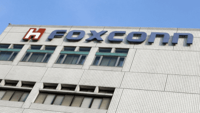 صورة أرباح Foxconn تتراجع إلى أدنى مستوى منذ 20 عام