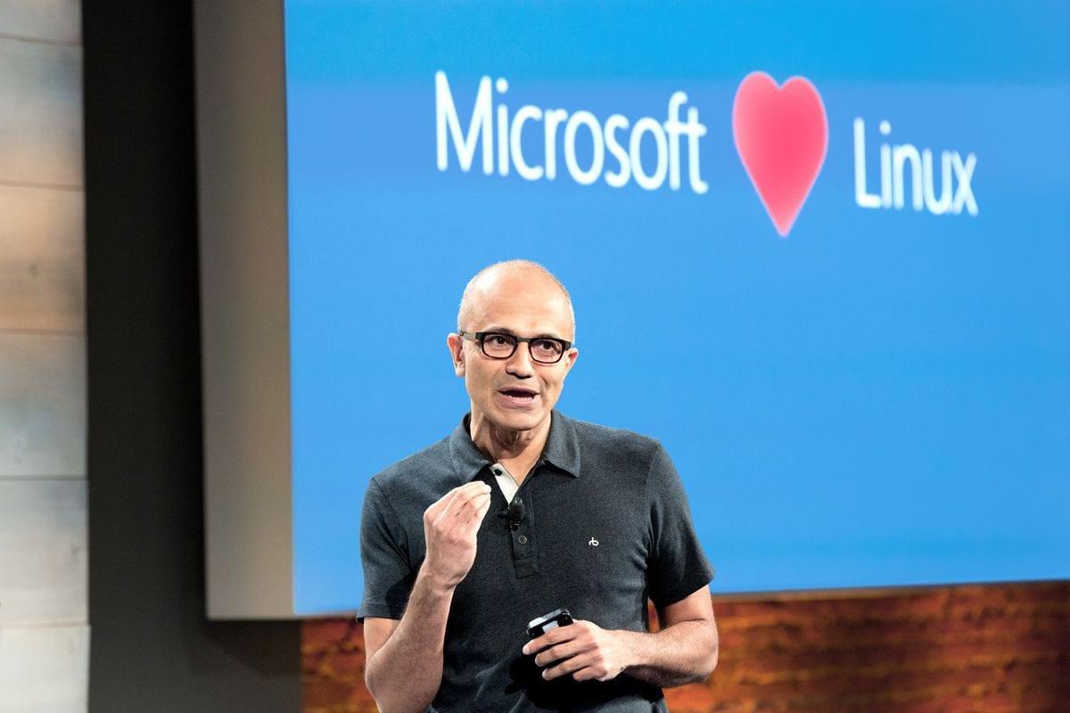 مايكروسوفت تعترف بقرارات الشركة الخاطئة حول المصدر المفتوح