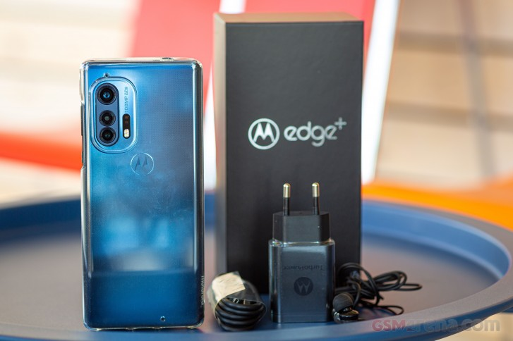Motorola Edge + in للمراجعة