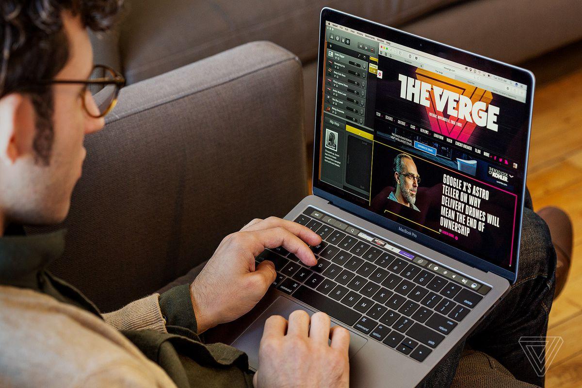 MacBook Pro 13 2019