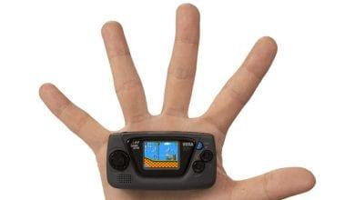 صورة شركة SEGA تعلن عن أصغر منصة في العالم: Game Gear Micro بحجم ميدالية!!