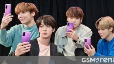 صورة إصدار BTS من Galaxy S20 + تسريبات دعائية ، إصدار Galaxy Buds + BTS مدرج على Samsung UAE