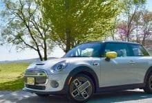 صورة مراجعة 2020 Mini Cooper SE: إنها كهربائية