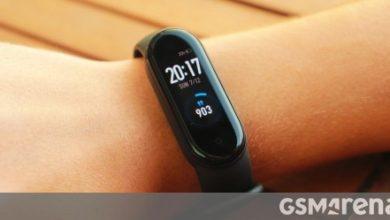 صورة Xiaomi Mi Band 5 لبيع Mi Smart Band 5 خارج الصين ، NFC في مكان لا يمكن رؤيته