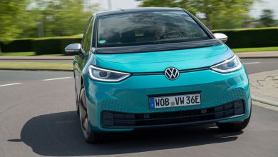 صورة القيادة الأولى لسيارة : 2020 Volkswagen ID.3 آيفون بأربع عجلات