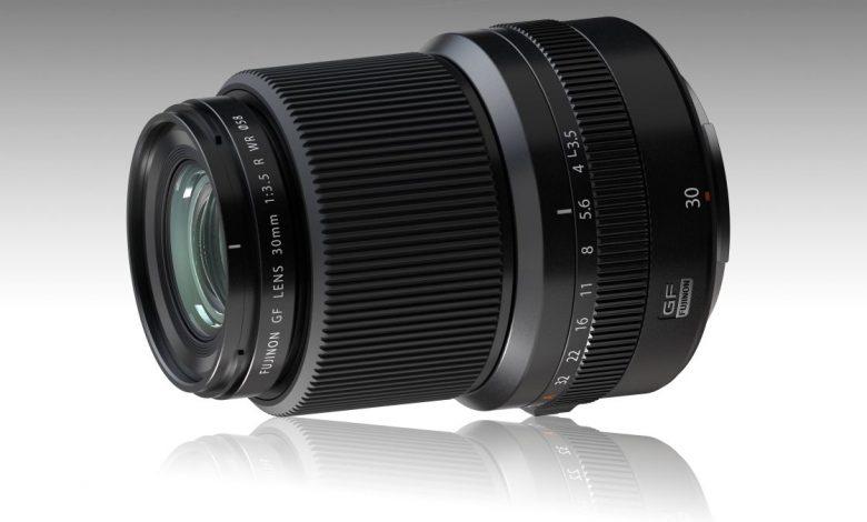 صورة مراجعة كاميرا Fujinon GF30mm F3.5 R WR