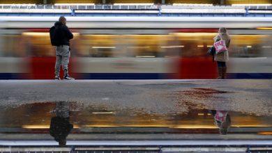 صورة يلتقط كتاب صور Tube Mapper Project عجائب مترو أنفاق لندن