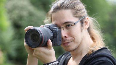 صورة مراجعة للكاميرا الإحترافية : Canon EOS R5