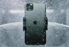 صورة مقطع فيديو يؤكد على كفاءة هاتف IPHONE 12 في مقاومة الماء