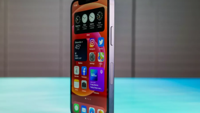 صورة شكاوى من بعض مستخدمي هاتف iPhone 12 mini تؤكد عدم إستجابة شاشة القفل