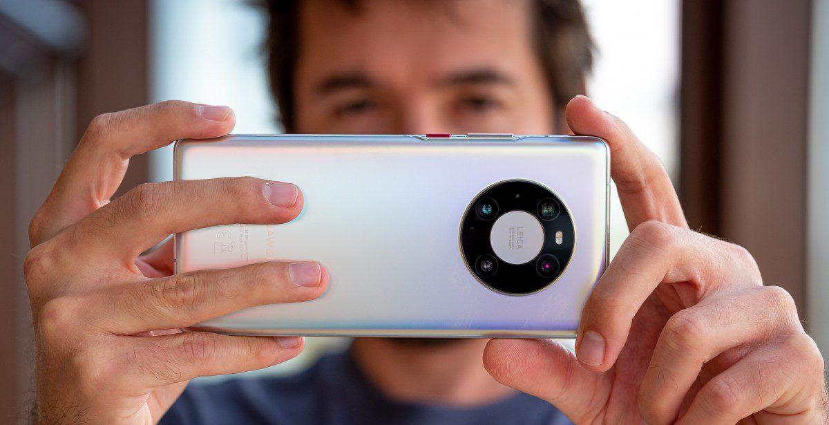 هواوي تخطط لدعم الجيل القادم من الهواتف الذكية بتقنية العدسات السائلة
