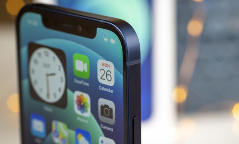 سامسونج المورد الرئيسي للشاشات في سلسلة iPhone 13